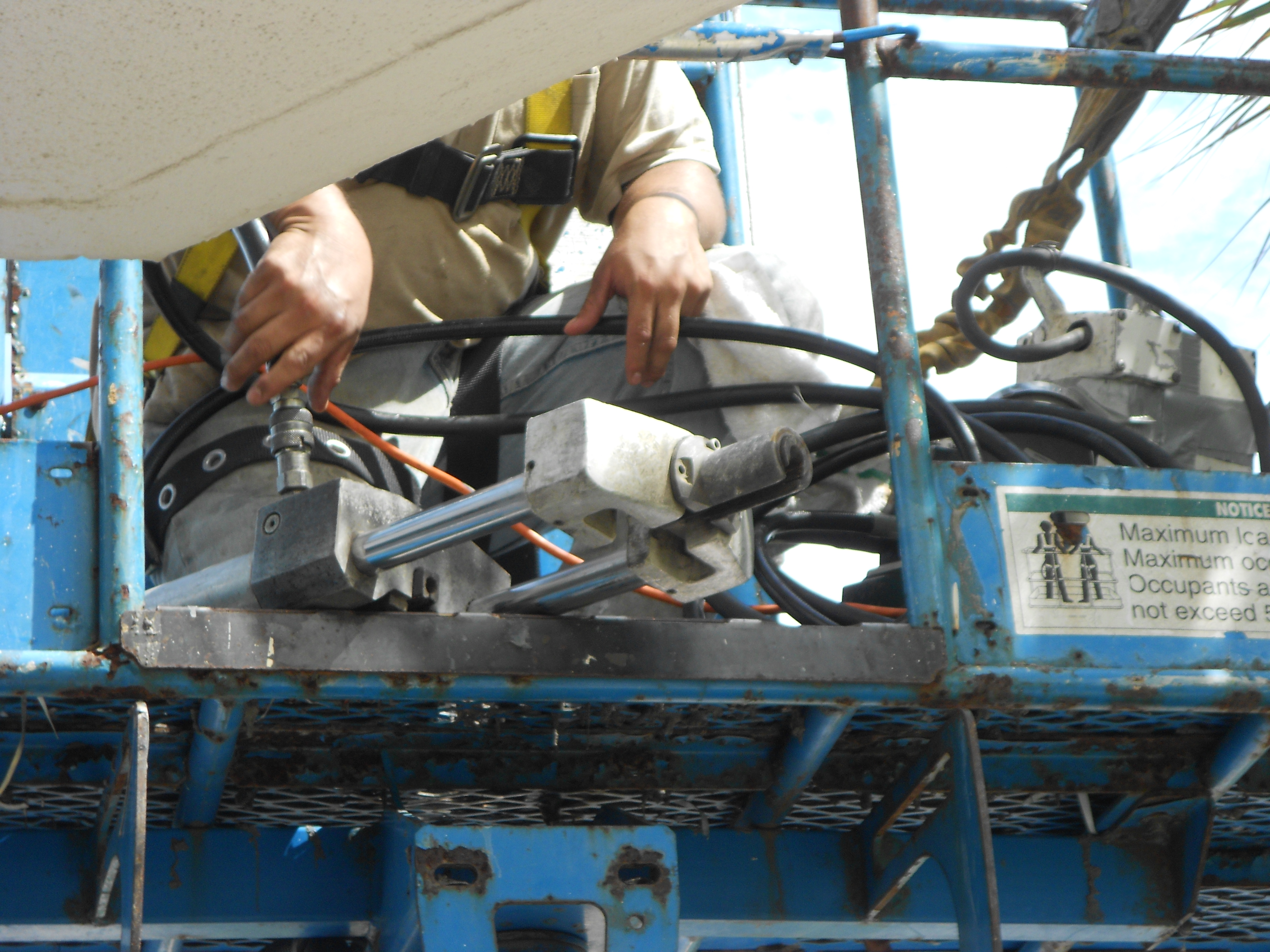 Hydraulic Cable Pulling Machine : Post tension cable repair ceiling mycondoprojects